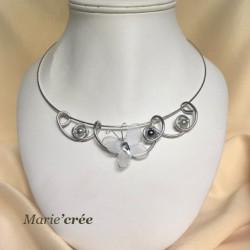 collier fantaisie aluminium perle papillon