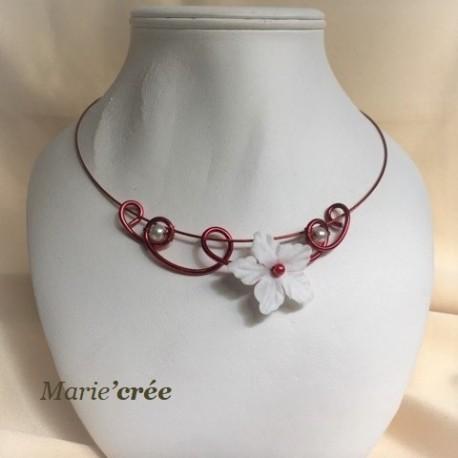 collier fantaisie aluminium perle fleur